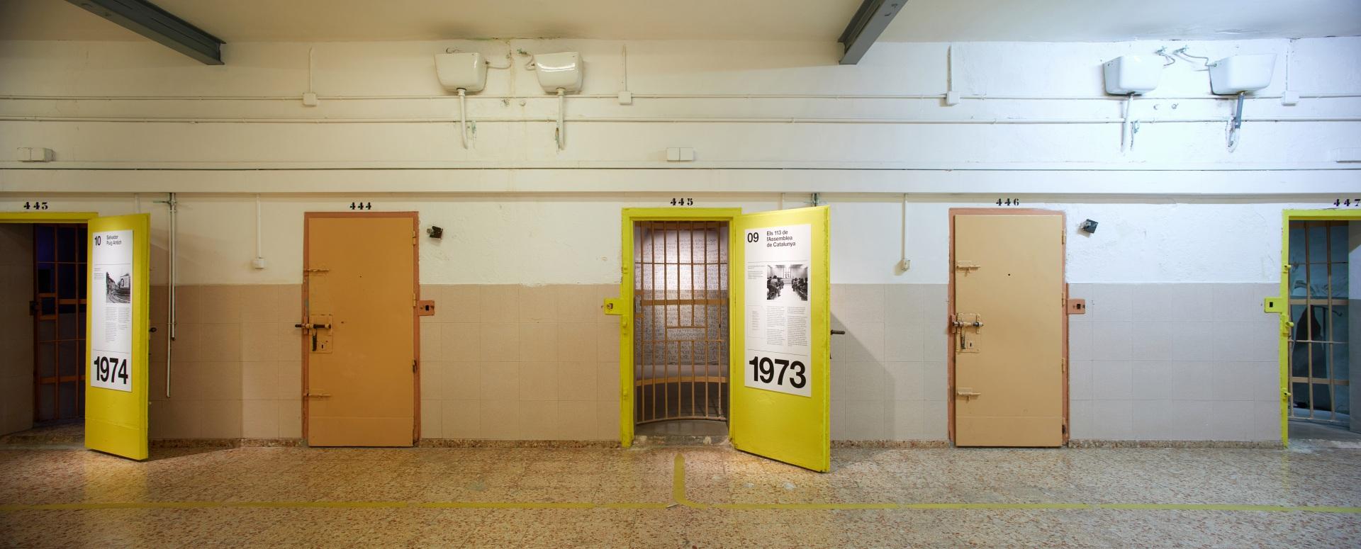 Visita museizada a la Presó Model.